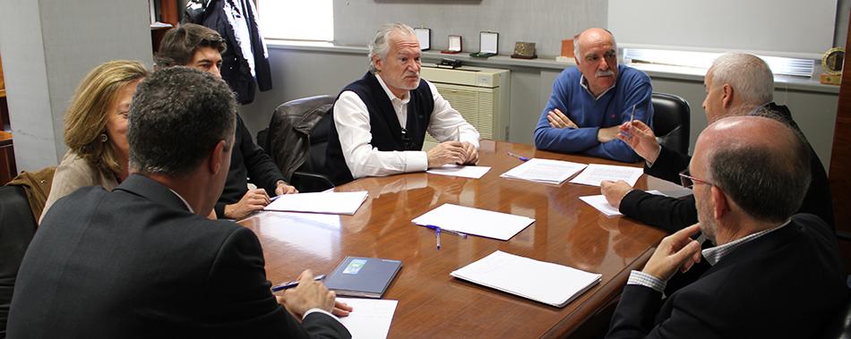 Tomás Fernández reunido con los directores de los nuevos campus