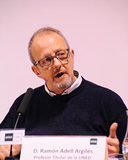 Ramón Adell Argilés