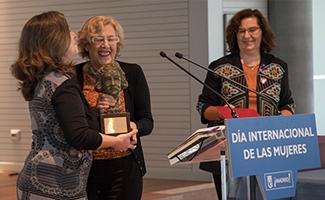 Carmena entrega el premio